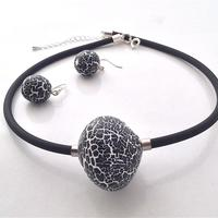Black and White Crackle glaze choker and matching earrings.