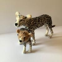 Cheetahs - Mother and Child