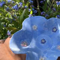 Porcelain bowl with forget-me-not detail