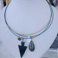 Wire necklaces with labradorite, agate and sodalite pendants