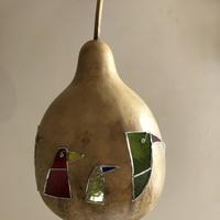 Promenading birds in stained glass on natural gourd