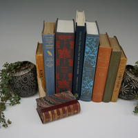 Small planter bookends