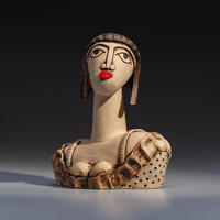 Katy - handbuilt ceramic stoneware sculpture (22cm high)