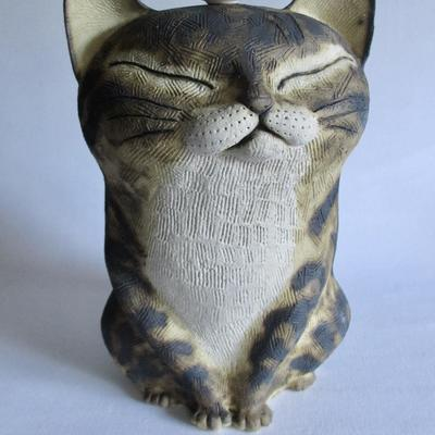 Teacup Kitty, stoneware, porcelain, oxides